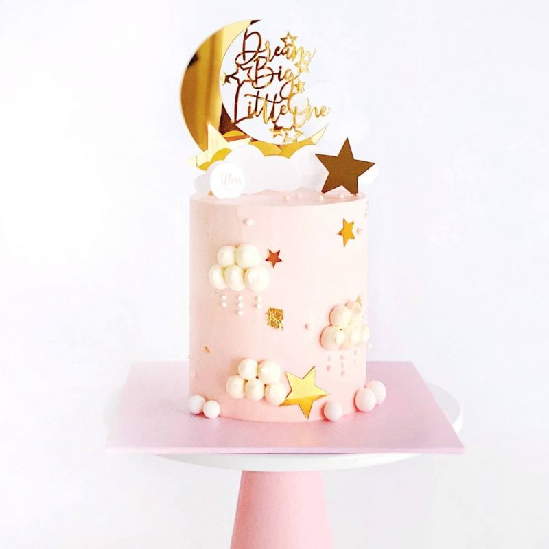 Customised-cakes-singapore-free-delivery-cakes-stars-cakes