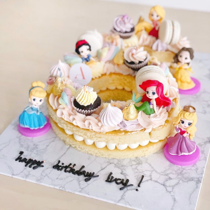 Customised-cakes-singapore-free-delivery-numeric-princess-cakes